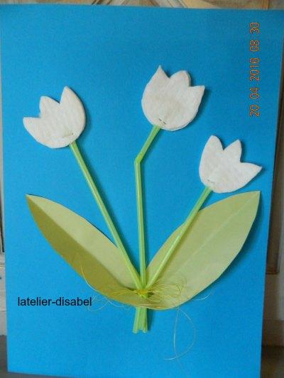 tulipe,clochette,avec des pailles et des rond de coton