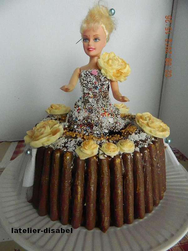 gâteau barbie chocolat blanc et noir